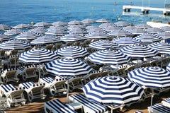 Parasoles in Nice Frankrijk Royalty-vrije Stock Foto's