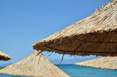Parasoli della paglia della spiaggia Fotografia Stock Libera da Diritti