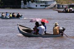 Parasols in de boot Royalty-vrije Stock Afbeeldingen