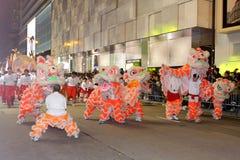 Parata cinese internazionale 2013 di notte dell'nuovo anno Fotografie Stock