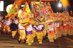 Parata cinese internazionale di notte di nuovo anno Fotografia Stock