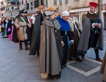 Parata dei costumi medioevali Fotografie Stock