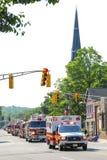 Parata del camion dei vigili del fuoco dell'ambulanza fotografia stock