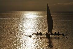 Paraw filippinsk segelbåt arkivbild