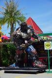 Parc à thème en acier réutilisé de robots en métal au spectacle d'animaux de Hua Hin Tique : Modèle de patriote de fer photo libre de droits