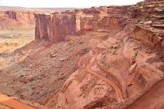 Parc-île nationale du l'Utah-Canyonlands dans le ciel Rim Road blanc secteur Photos stock