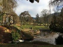 Parc anglais dans la ville de station thermale du Tchèque Image libre de droits