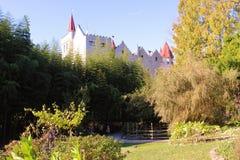 Parc avec le château Photos libres de droits