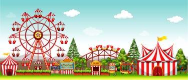 Parc d'attractions à la journée Photo libre de droits