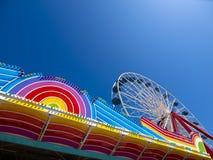 Parc d'attractions coloré Images libres de droits