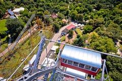Parc d'attractions de Prater dans la vue de Vienne du géant Ferris de Riesenrad photographie stock libre de droits