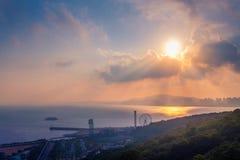 Parc d'attractions de Wolmi dans le coucher du soleil à Incheon, Corée du Sud photographie stock libre de droits