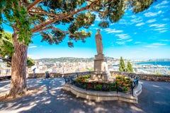 Parc dans la ville de Cannes images libres de droits