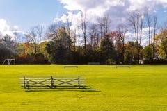 Parc de banlieue photos libres de droits
