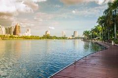 Parc de Benjakiti à Bangkok Photos libres de droits