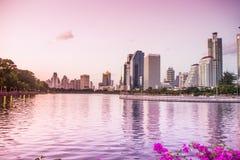 Parc de Benjakiti à Bangkok, Thaïlande Images stock