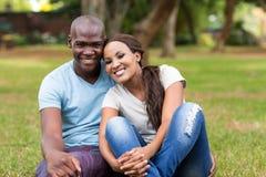 Parc de couples d'afro-américain Images stock