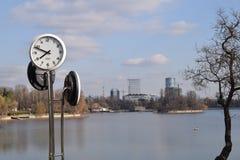 Parc de Herastrau, lac Photographie stock