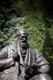 Parc de Kelvingrove, Glasgow, l'Ecosse, le Royaume-Uni, septembre 2013, la statue et le m?morial ? Lord Kelvin images stock