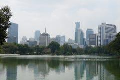 Parc de Lumpini dans la ville de Bangkok images libres de droits