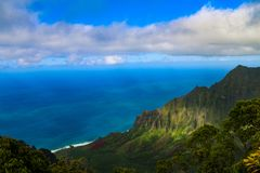 Parc de région sauvage d'état de côte de Pali de  de NÄ - Kauai Hawaï image stock