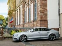 Parc de sportback d'Audi A7 garé dans la ville Photographie stock libre de droits