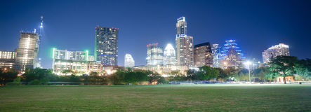 Parc du centre d'Austin Texas Skyline View Zilker Metropolitan Photographie stock libre de droits