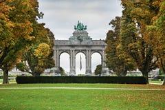 Parc du Cinquantenaire - Jubelpark i Bryssel _ Arkivbild