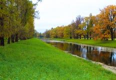 Parc du ` s de Catherine dans Tsarskoe Selo Images libres de droits