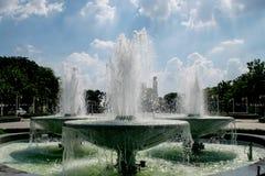 Parc extérieur de fontaine photos libres de droits