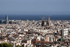 从parc guell的巴塞罗那视图 免版税库存照片