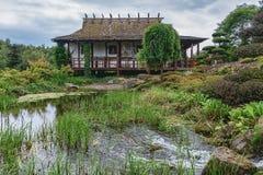 Parc Mondo Verde, bild av den japanska trädgården Arkivfoto