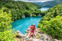 Parc national de lacs Plitvice, beau paysage avec des cascades, lacs et forêt, Croatie images libres de droits