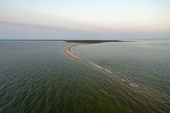 Parc national de Vilsandi avec le lighhouse de Kiipsaare en Estonie photographie stock