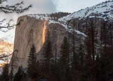 Parc national de Yosemite de chute du feu images libres de droits