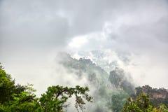 Parc national de Zhangjiajie Attraction touristique c?l?bre dans Wulingyuan, Hunan, Chine Paysage naturel stup?fiant avec les pil photo stock