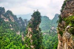 Parc national de Zhangjiajie Attraction touristique c?l?bre dans Wulingyuan, Hunan, Chine Paysage naturel stup?fiant avec les pil image stock