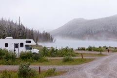 Parc provincial de montagne de pierre de lac summit de rv AVANT JÉSUS CHRIST Photographie stock libre de droits