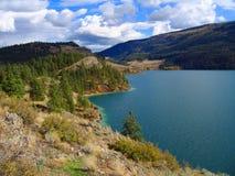 Parc provincial de point de serpent à sonnettes au lac Kalamalka, Colombie-Britannique photo libre de droits