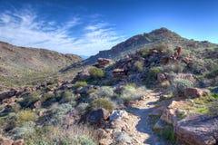 Parc régional de montagne blanc AZ Waddell de réservoir Photo stock