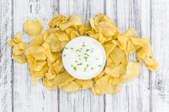 Parcela de gosto de Chips Sour Cream da batata fotografia de stock