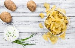 Parcela de gosto de Chips Sour Cream da batata imagem de stock