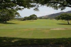 Parcela de um campo de golfe em Maui central, Havaí Fotografia de Stock