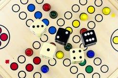 Parcheesi #2 do jogo de mesa Imagens de Stock Royalty Free