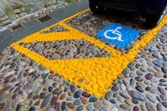 Parcheggiando per gli handicappati Fotografia Stock Libera da Diritti