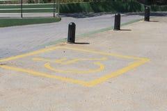 Parcheggiando per gli handicappati fotografia stock