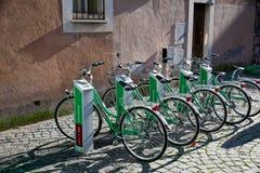 Parcheggiando per il ciclo urbano Fotografia Stock Libera da Diritti
