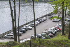 Parcheggiando sulla diga Fotografie Stock Libere da Diritti