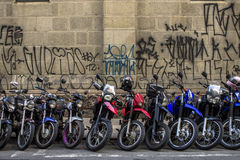 Parcheggio dei motocicli Immagini Stock Libere da Diritti