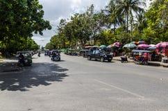 Parcheggio dei motocicli e delle motociclette per affitto immagini stock libere da diritti